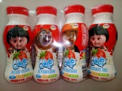 伊利QQ星儿童牛奶饮品草莓味 一板 200ml