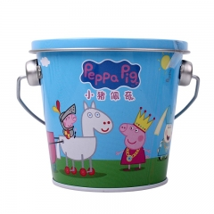 香港亿智小猪佩奇 VC软糖草莓味 36g/桶 迷你水桶玩具造型